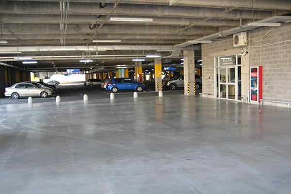 宜家家居地下停车场地面——密封固化地坪