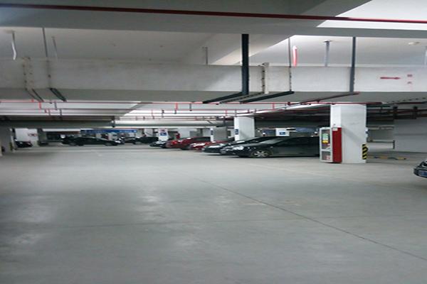 南通纺都地下停车场地面——密封固化地坪