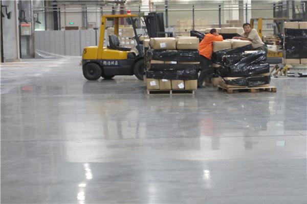 上海UPS安斯福混凝土固化剂地坪项目
