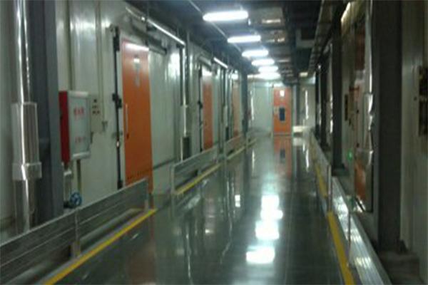 济南果品研究院冷库地面 — 迪乐堡密封固化地坪