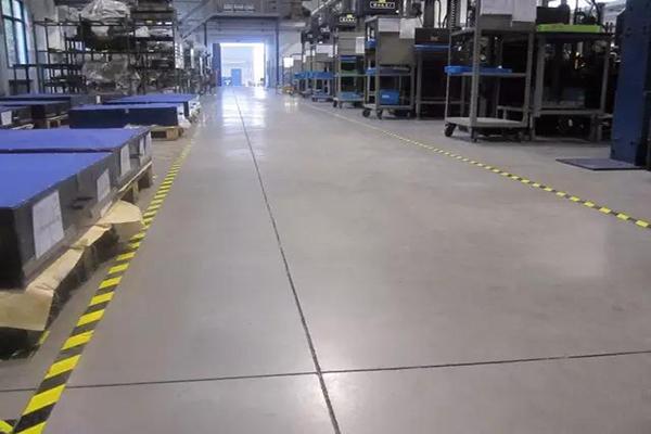 无锡伏尔康机械车间地面——迪乐堡密封固化地坪
