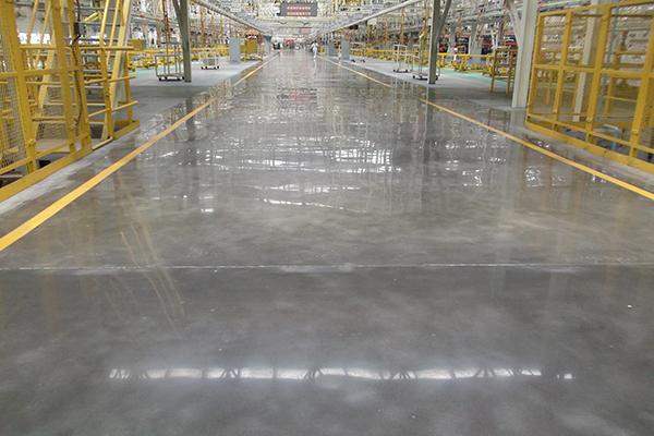 东风汽车制造车间地面——迪乐堡密封固化地坪