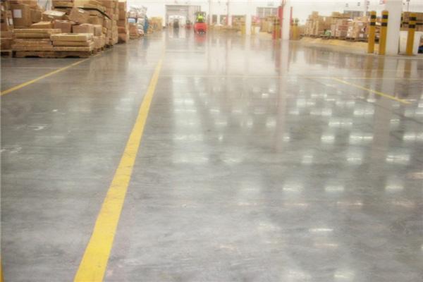沃尔玛仓库地面——迪乐堡密封固化地坪